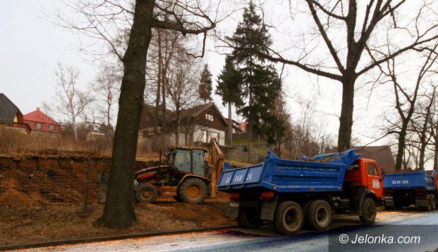 Jelenia Góra: Coraz ciaśniej na Słowackiego