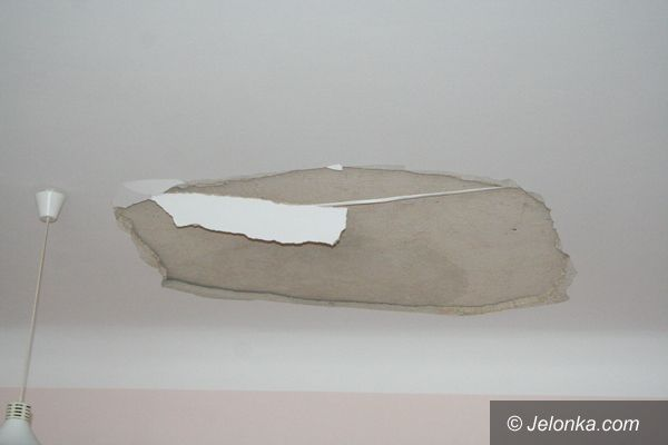 Jelenia Góra: Zawalił się sufit w Galerii Karkonoskiej