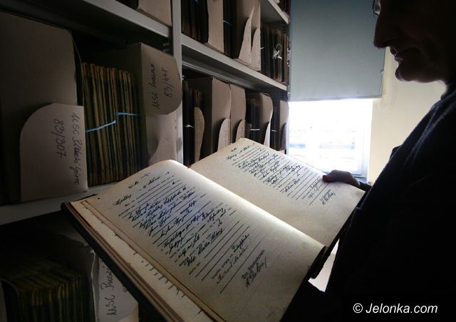 JELENIA GÓRA: Cesarski rękopis z Hirschbergu znaleziony na Pomorzu