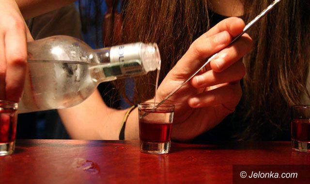 REGION JELENIOGÓRSKI: Sprzedają alkohol nieletnim