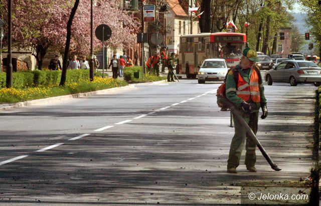 JELENIA GÓRA: Czyściej i bezpieczniej w alei Wojska Polskiego