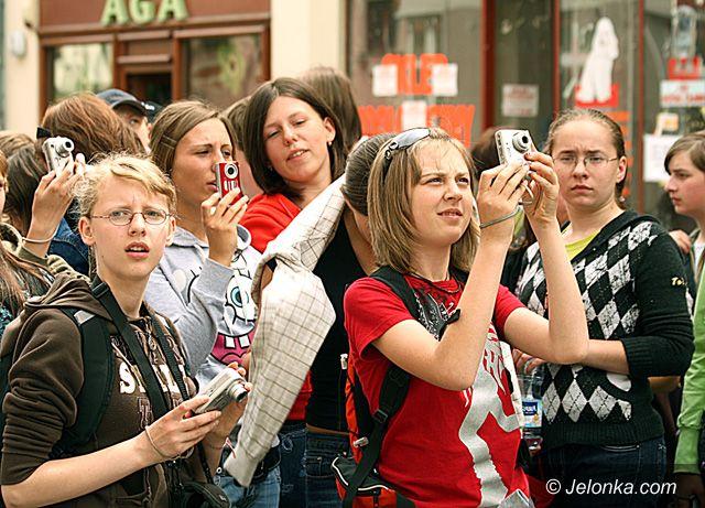 JELENIA GÓRA: Promowanie miasta bublem
