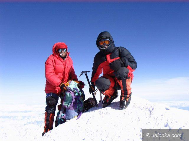 Region Jeleniogórski/ŚWIAT: Spod Szrenicy na szczyty Nowego Świata