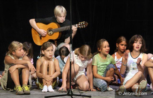 JELENIA GÓRA: Młodzi aktorzy w obiektywie kamer