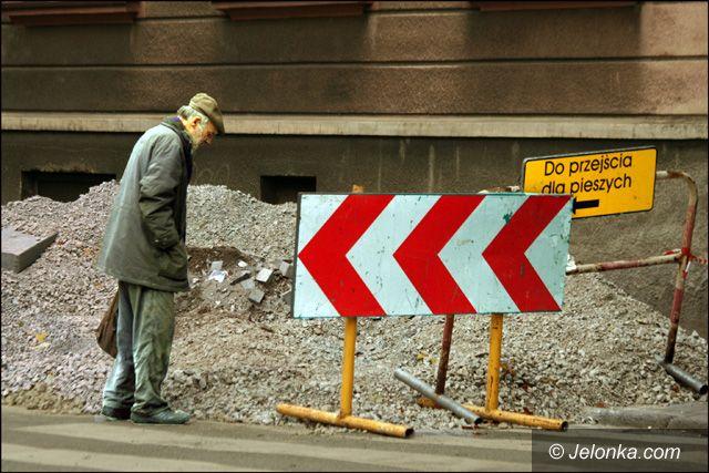 JELENIA GÓRA: Remonty chodników i ulic kosztują fortunę