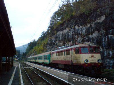 REGION JELENIOGÓRSKI: Pod Szrenicę zamiast pociągiem – autobusem