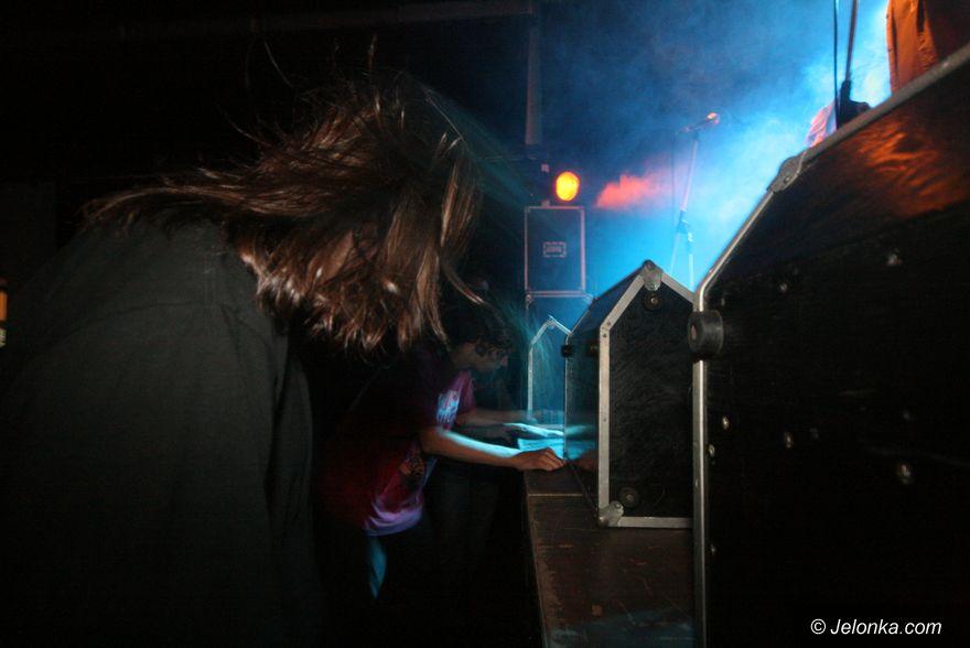 JELENIA GÓRA: Na rockowo w polsko–czeskich rytmach