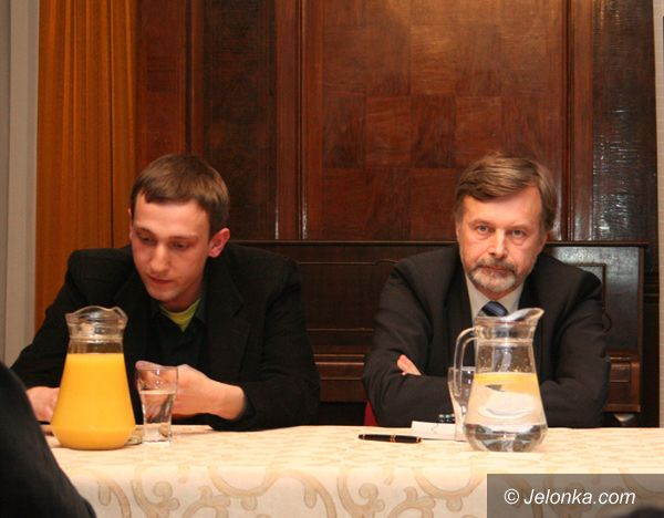 Jelenia Góra: Krytyka polityczna lewostronnie