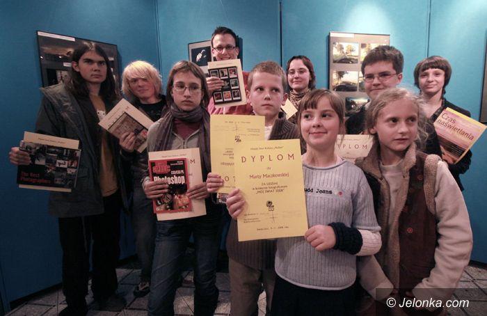 JELENIA GÓRA: Fotografia młodych rządzi