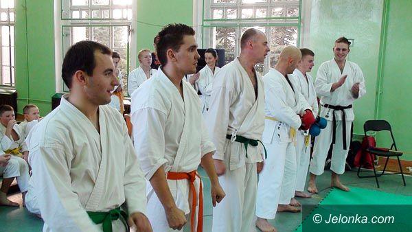Mysłakowice: IV Otwarte Mistrzostwa Powiatu Jeleniogórskiego w Karate – Rybarczuk i Brzozowicz najlepszymi zawodnikami