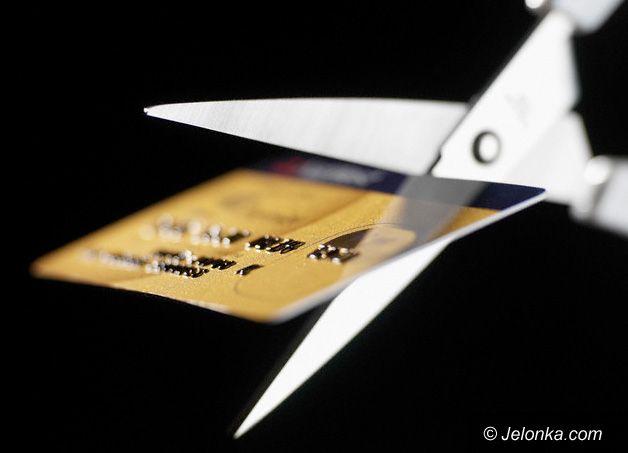 JELENIA GÓRA: W sidłach karty kredytowej