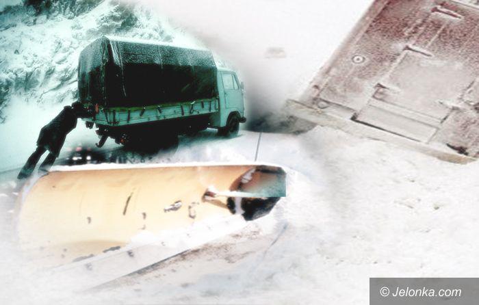 REGION: Zima blokuje kolosy – brakuje soli do sypania jezdni