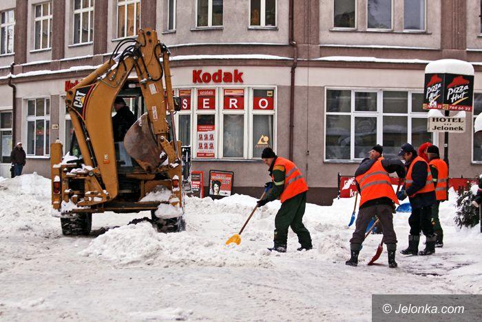 JELENIA GÓRA: Precz ze śniegiem, ale tylko ze śródmieścia