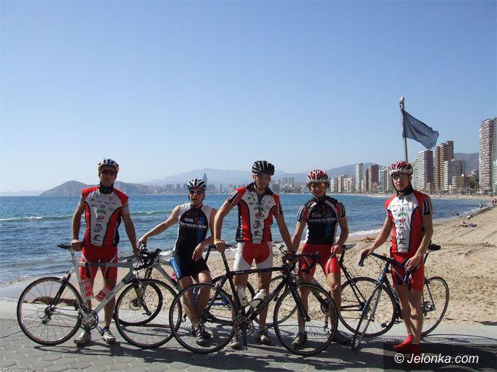 REGION/ ŚWIAT: Kolarze Lechii Piechowice trenowali w Hiszpanii