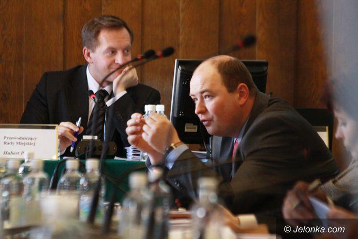 JELENIA GÓRA: Gorąca sesja o kredycie w kryzysie