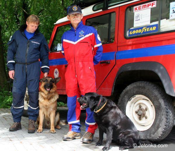 JELENIA GÓRA: Psy goprowców wyszkolone na medal