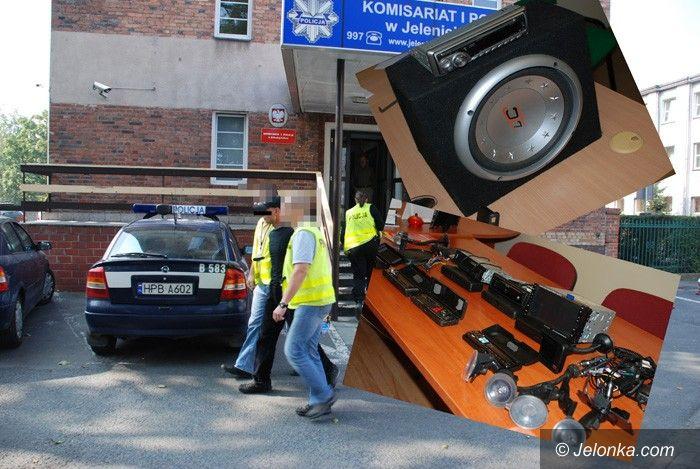 REGION: Włamywacze samochodowi w potrzasku