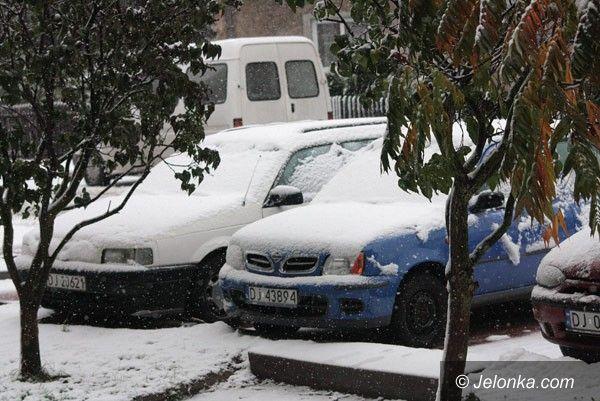 REGION: Spadł śnieg, narobił zamieszania