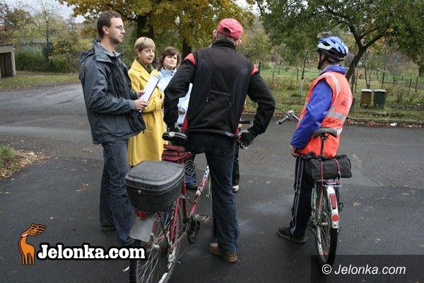JELENIA GÓRA: Ścieżka rowerowa do Cieplic na raty