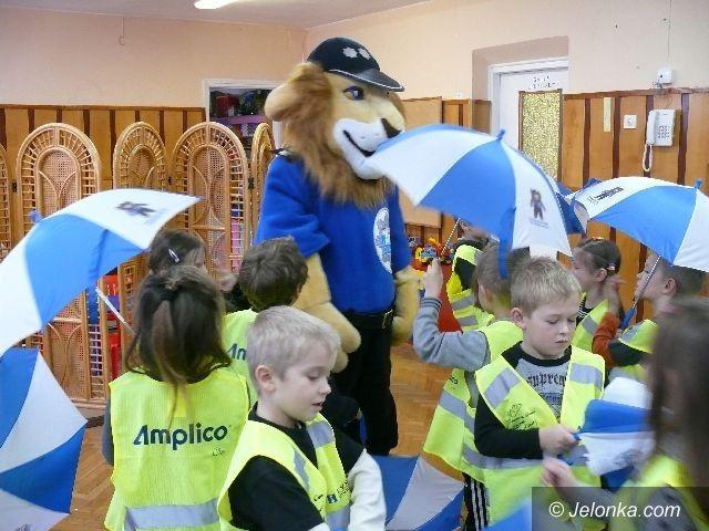 JELENIA GÓRA: Bez zagrożeń pod policyjnym parasolem