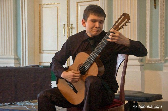 JELENIA GÓRA: Gitaromaniacy w hołdzie Łukaszowi Pietrzakowi