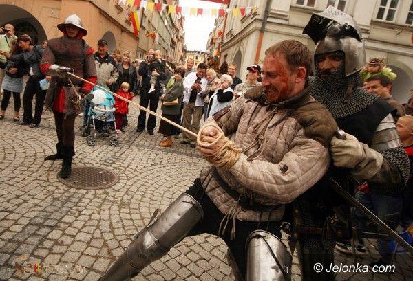 JELENIA GÓRA: Średniowiecze w Rynku