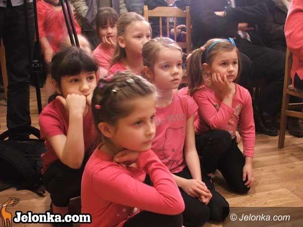 JELENIA GÓRA: Osiedlowy Dom Kultury dla Wielkiej Orkiestry Świątecznej Pomocy