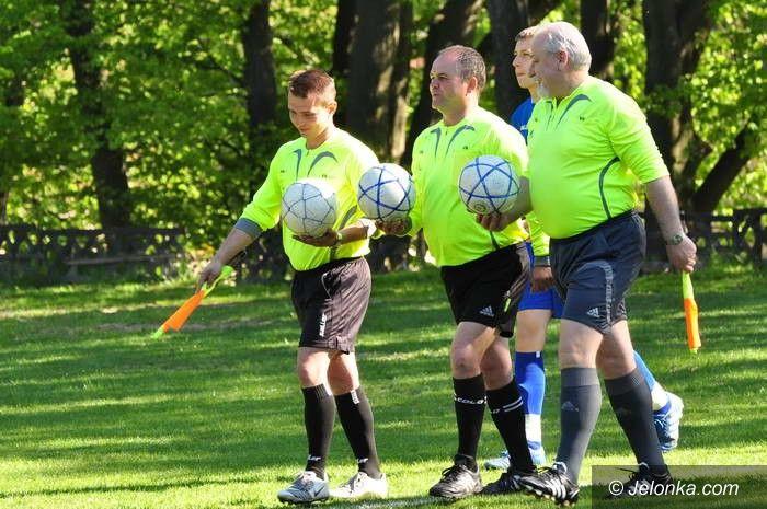 Jelenia Góra: Derby Jeleniej Góry dla piłkarzy KKS–u