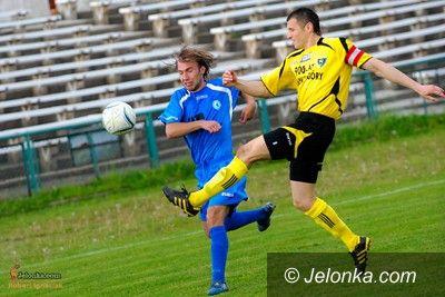 IV-liga piłkarska: IV–liga: W Jeleniej Górze kibice bramek nie zobaczyli