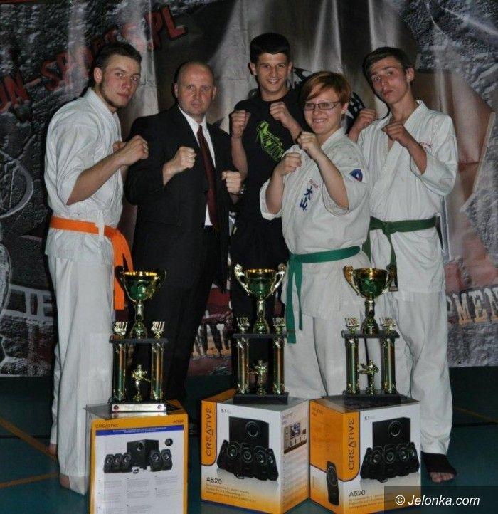 Lubsko: Jeleniogórski Klub Oyama wygrywa w Profesjonalnej Gali Walk!