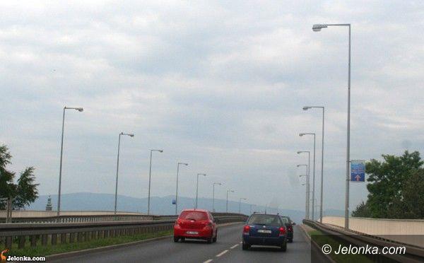 Jelenia Góra: Sto  latarni do remontu