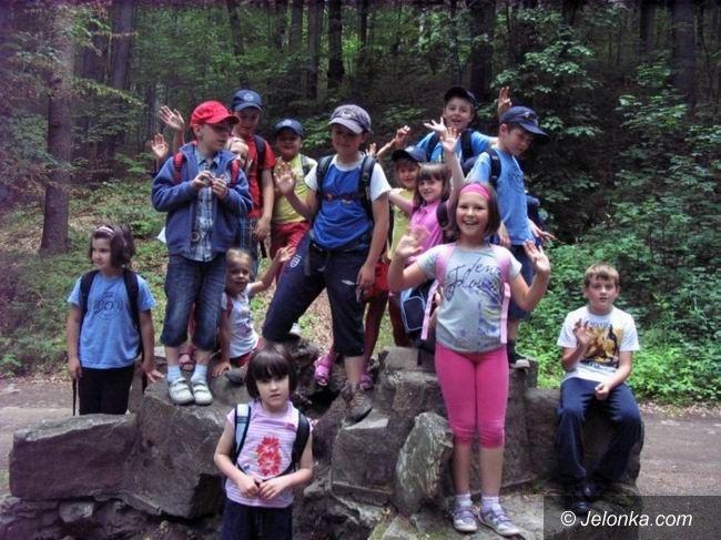 Region: Uczniowie szkoły 707 w Karpaczu odwiedzili Zamek Grodno