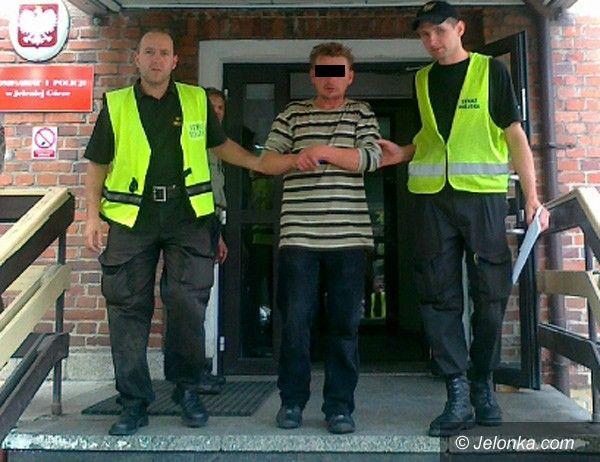 Jelenia Góra: Obnażał się publicznie – trafi przed sąd