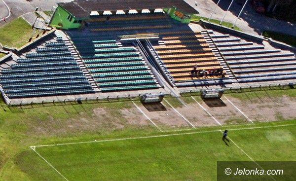 JELENIA GÓRA: Przesunięcie 14 milionów. Z hali na stadion