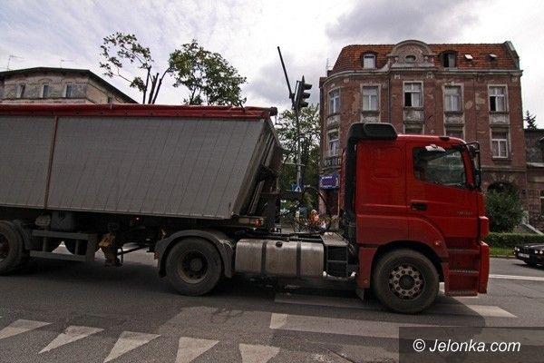 JELENIA GÓRA: Problem wielkiej wagi. Dla aut ciężarowych