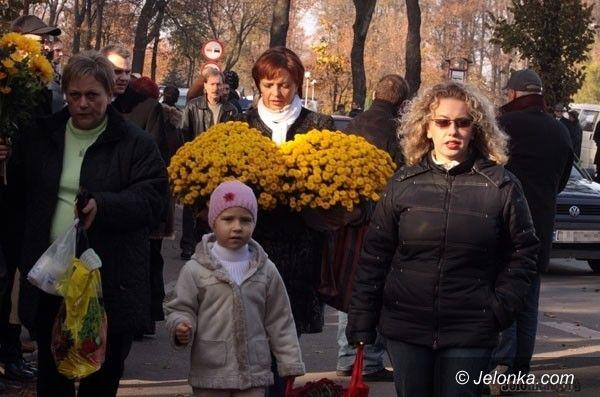 JELENIA GÓRA: Bezpieczniej przed cmentarzem przy ul. Sudeckiej