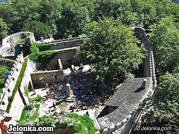 JELENIA GÓRA: Cywilizacja w ruinach średniowiecznej fortecy