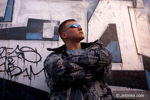 JELENIA GÓRA: Spotkanie z chrześcijańskim hip–hopowcem