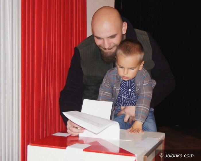 REGION: Wybory parlamentarne 2011. Głosowanie w toku