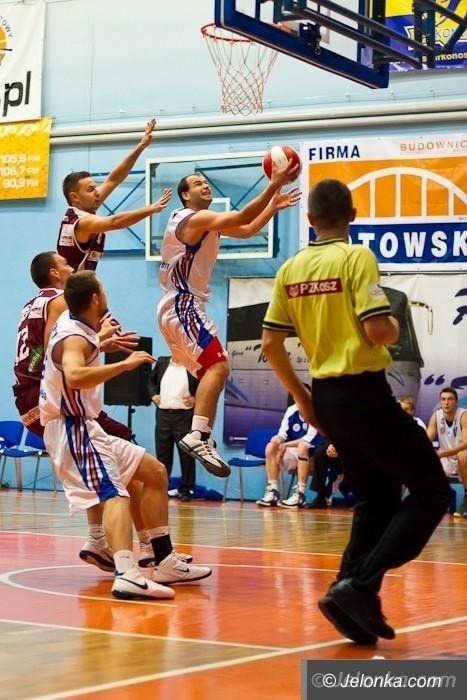 I-liga koszykarzy: Klęska w Łańcucie, lekcja koszykówki od Sokoła