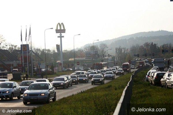 REGION JELENIOGÓRSKI: Tłoczno na drogach. Początek długiego weekendu