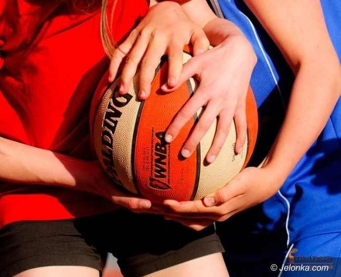 Jelenia Góra: Strefowy półfinał koszykarek dla ZSOiT