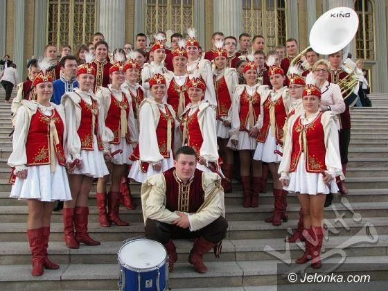 "REGION JELENIOGÓRSKI: Koncert Orkiestry ""Vivat!"" w MOK–u w Kowarach"