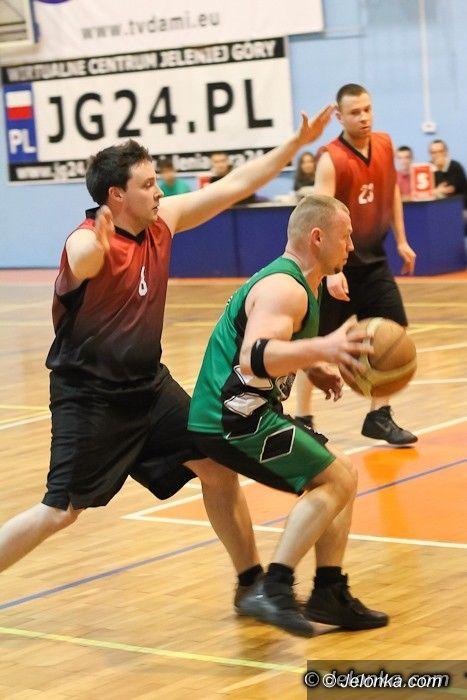 Jelenia Góra: BasketPlanet wciąż na czele tabeli MSBL