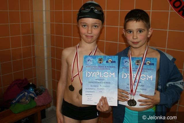 Lubań: 21 medali pływaków MUKP Just Swim