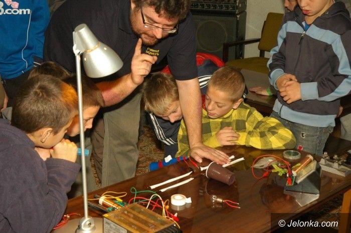 Jelenia Góra: Młodzi z MOS–u  nadawali na falach alfabetem morsa
