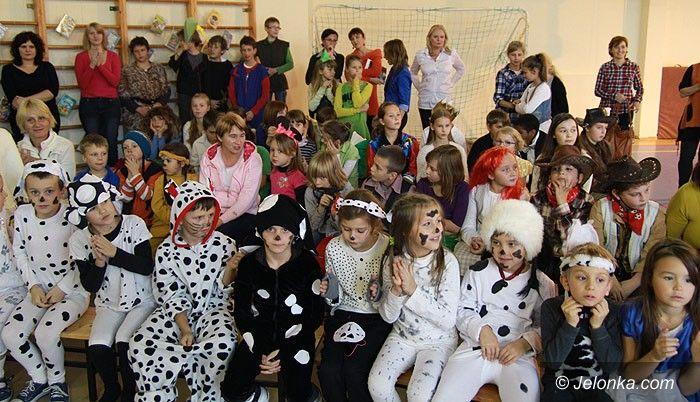 Karpacz: Dzieci ze Szkoły 707 odbyły podróż w krainę Disneya