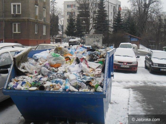 Jelenia Góra: Czytelnik: zmieszali mi śmieci z gruzem. Co ze świadomością ekologiczną w Jeleniej Górze?