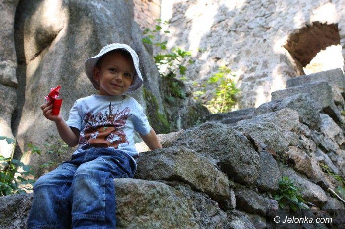 Jelenia Góra: Poszukiwacze przeczesują miasto, licząc na skarby