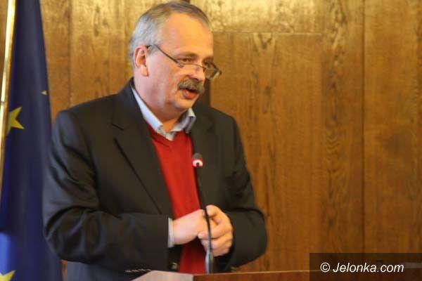 Jelenia Góra: Trwa zbieranie podpisów za referendum. To awanturnictwo – mówi prezydent
